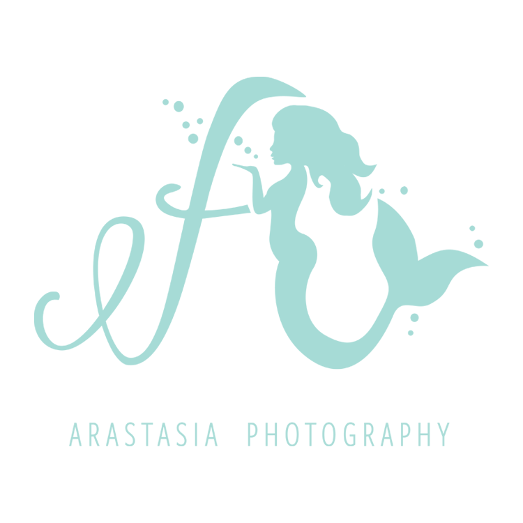 PickleJuice Logo Design : Arastasia Photography